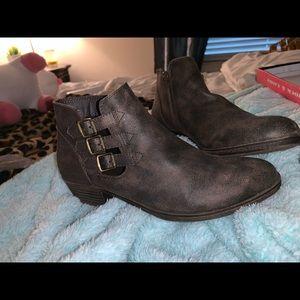 Cute low cut boots